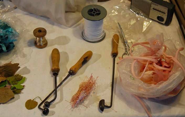 martelletti per lavorare i petali di seta